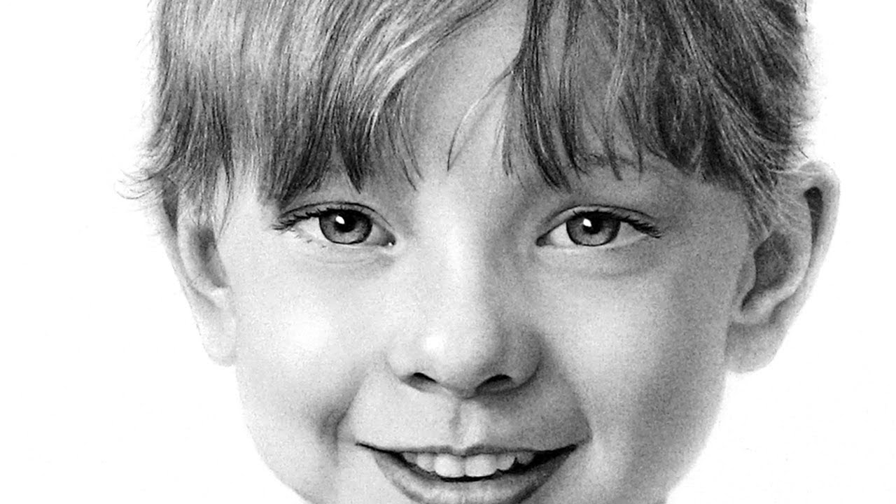 Why Should You Consider  Drawn Portraits As Gifts