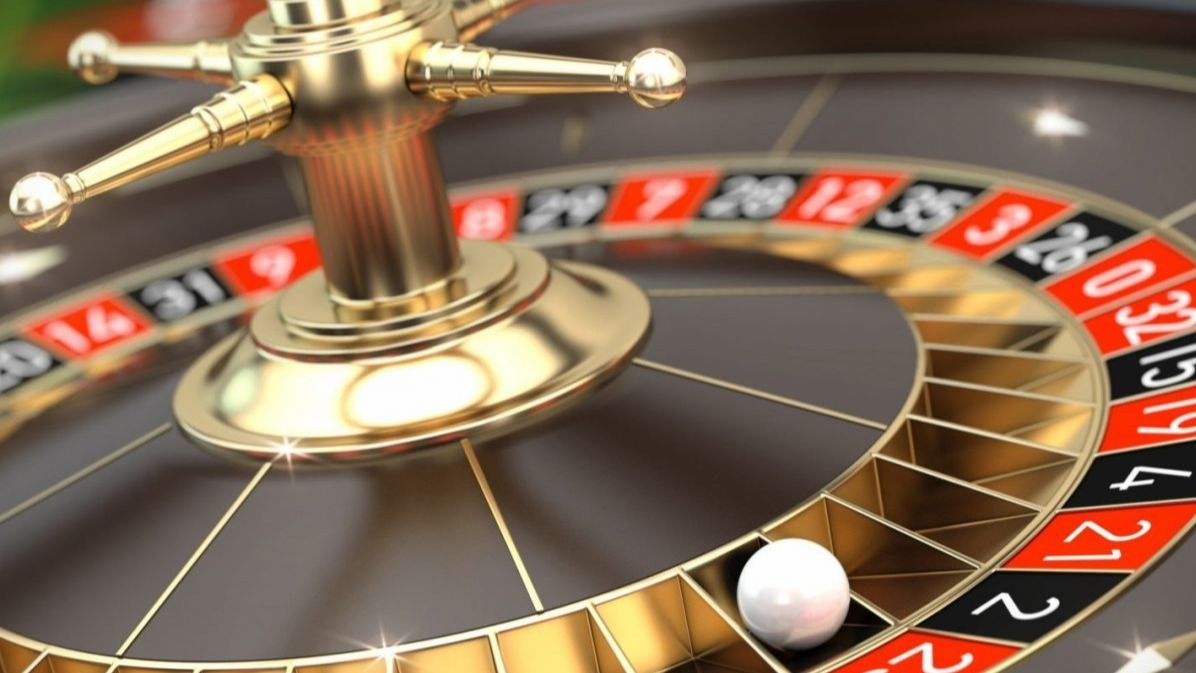 Learn To Play Poker Easily At Online Gambling Sites