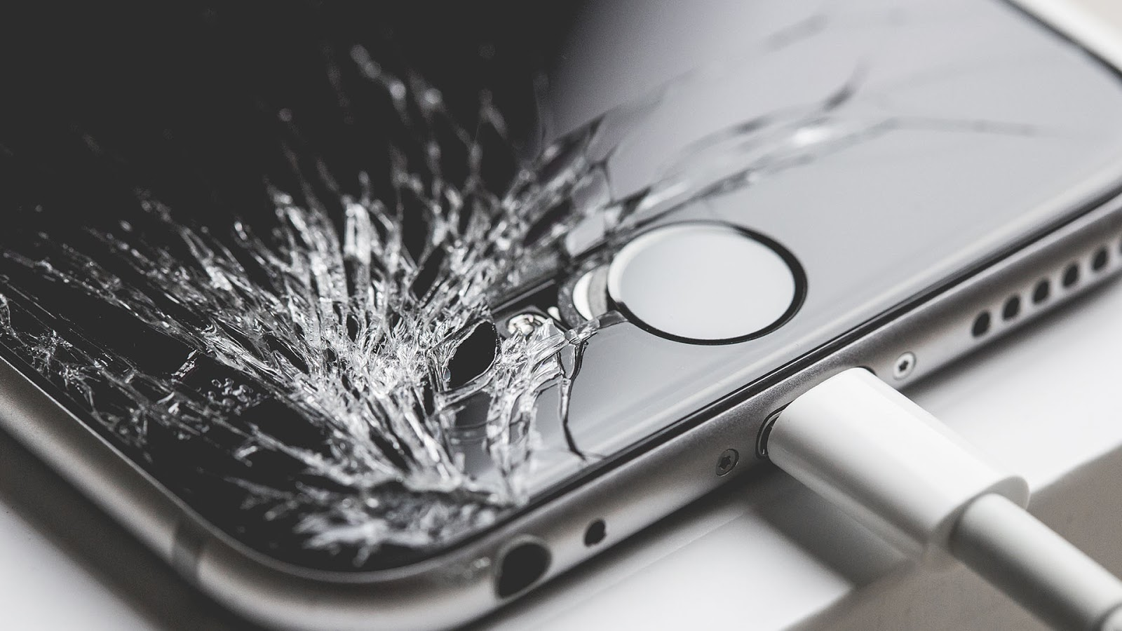 Fast and inexpensive iPhone repairs