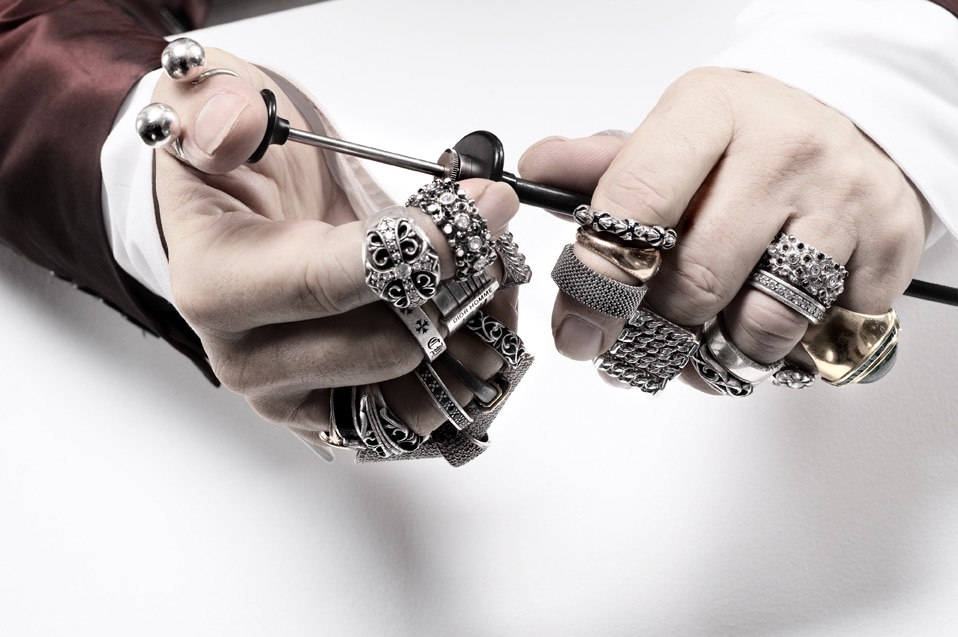 At affordable prices, you can buy chrome hearts that suit you