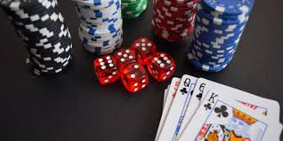A short introduction to Online Poker Background