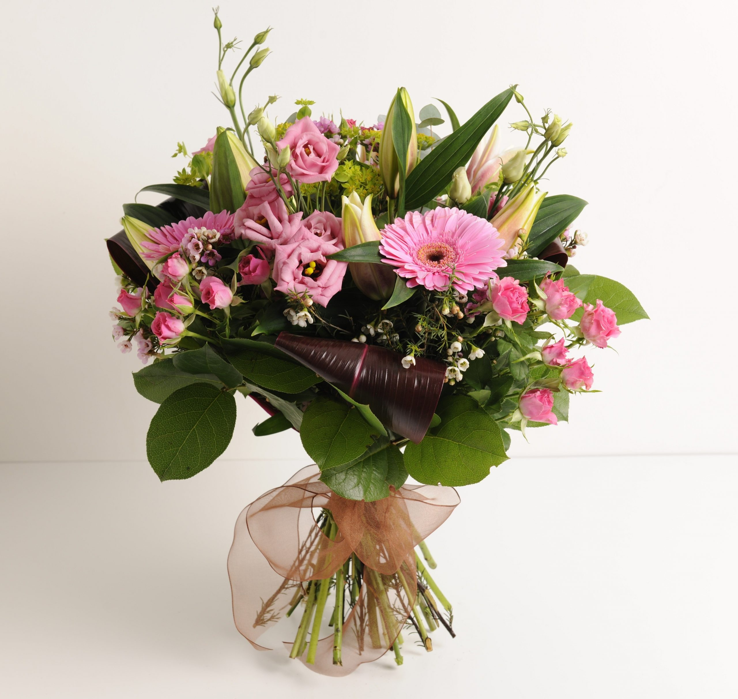 Avail Flower Delivery Cluj Online Services