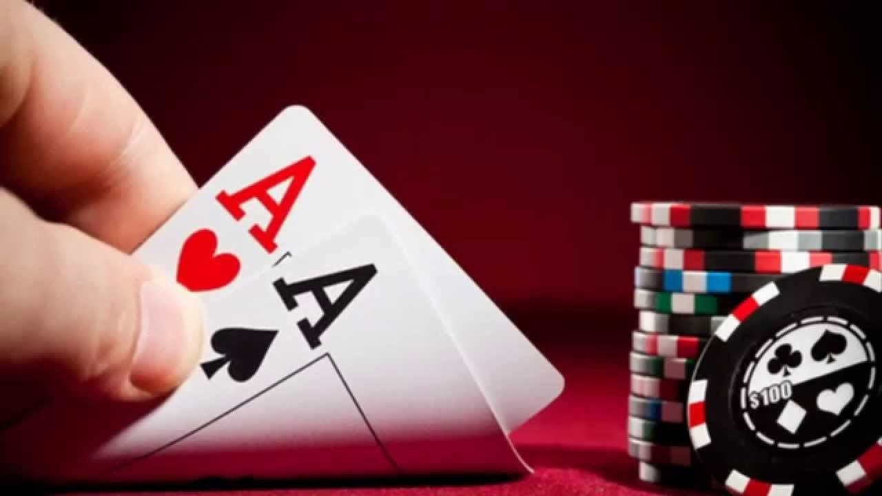 Why Play Baccarat On Online Platforms?